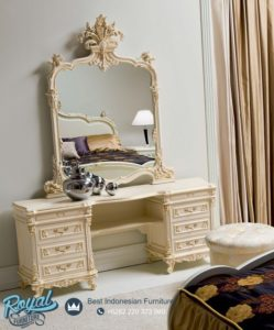 Meja Rias Classic Furniture Larissa Furniture Bedroom Terbaru