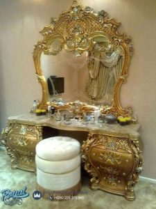 Meja Rias Mewah Ukiran Klasik Jepara Gold Terbaru