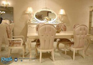 Model Set Furniture Ruang Makan Mewah Terbaru
