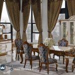 Desain Ruang Meja Makan Klasik Mewah Vitrina